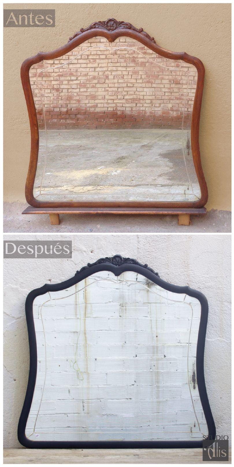 Espejo clásico pintado en negro para un look más fresco y moderno. Studio Alis - Barcelona
