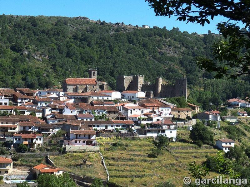 Castillo de Montemayor del Río....Salamanca