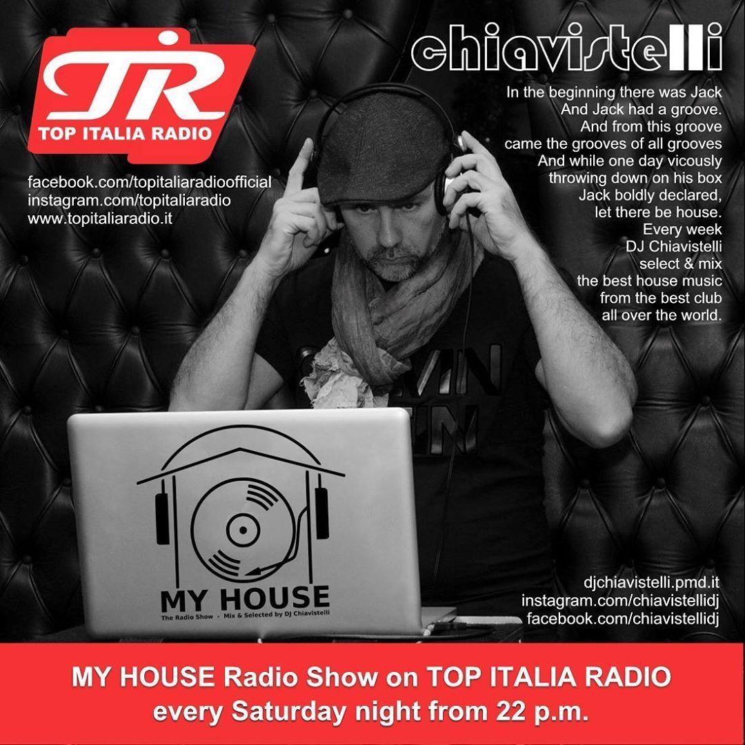 Every saturday night from 10 p.m.! Tune on @topitaliaradio it's time to My House Radio Show! 🎛🎚🎧🔊📻 www.topitaliaradio.it 📻 #djchiavistelli #dj #djset #myhouse #myhouseradioshow #firstpost #house #housemusic #techhouse #futurehouse #edm #dance #podcast #topitaliaradio #radioshow #radio #aosta #aostavalley #milano #milan #italy #italia #valdaosta #svizzera #torino #piemonte 📻🎧🎚🎛😎🇮🇪