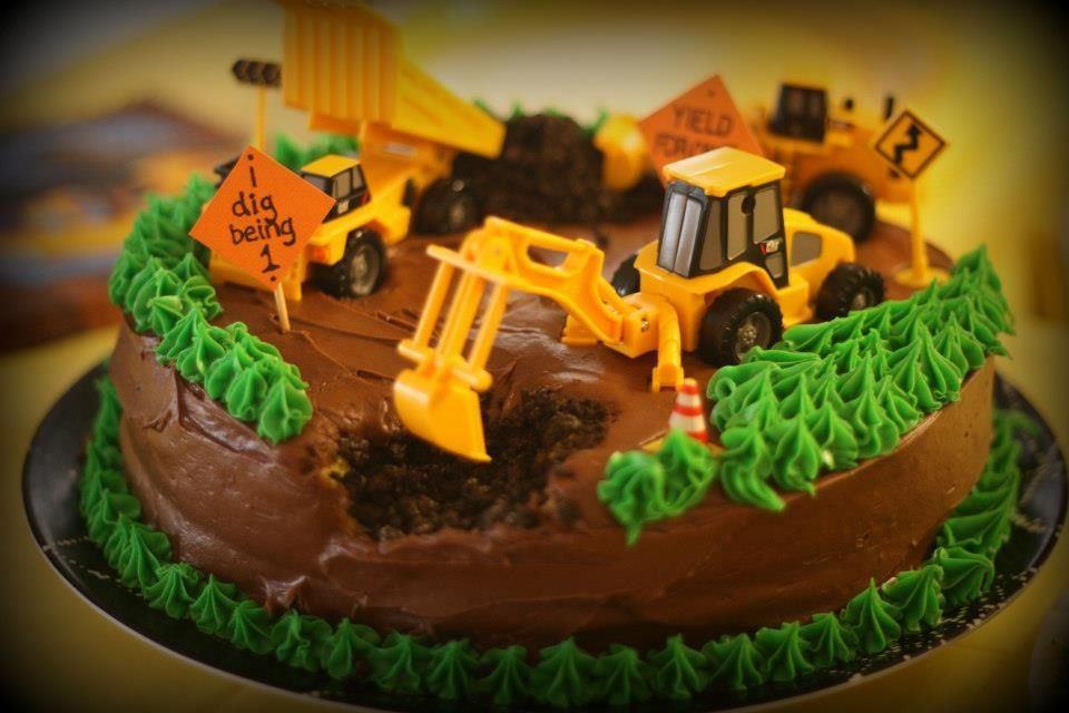 Awesome Jaxsons First Birthday Construction Tonka Truck Cake Totally A Funny Birthday Cards Online Necthendildamsfinfo