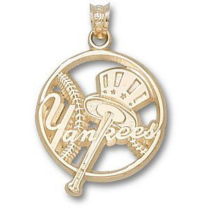New York Yankees Mlb 10k Charm By Logo Art 183 95 Item Length 7 8 Item Width 1 2 1 10k New York Yank New York Yankees Silver Pendant Unisex Pendant