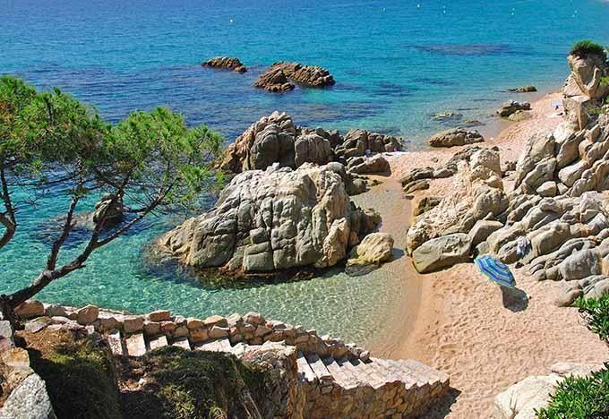 Las 10 Playas Más Hermosas De La Costa Brava Playas Paradisiacas Calas Costa Brava Costa Brava España