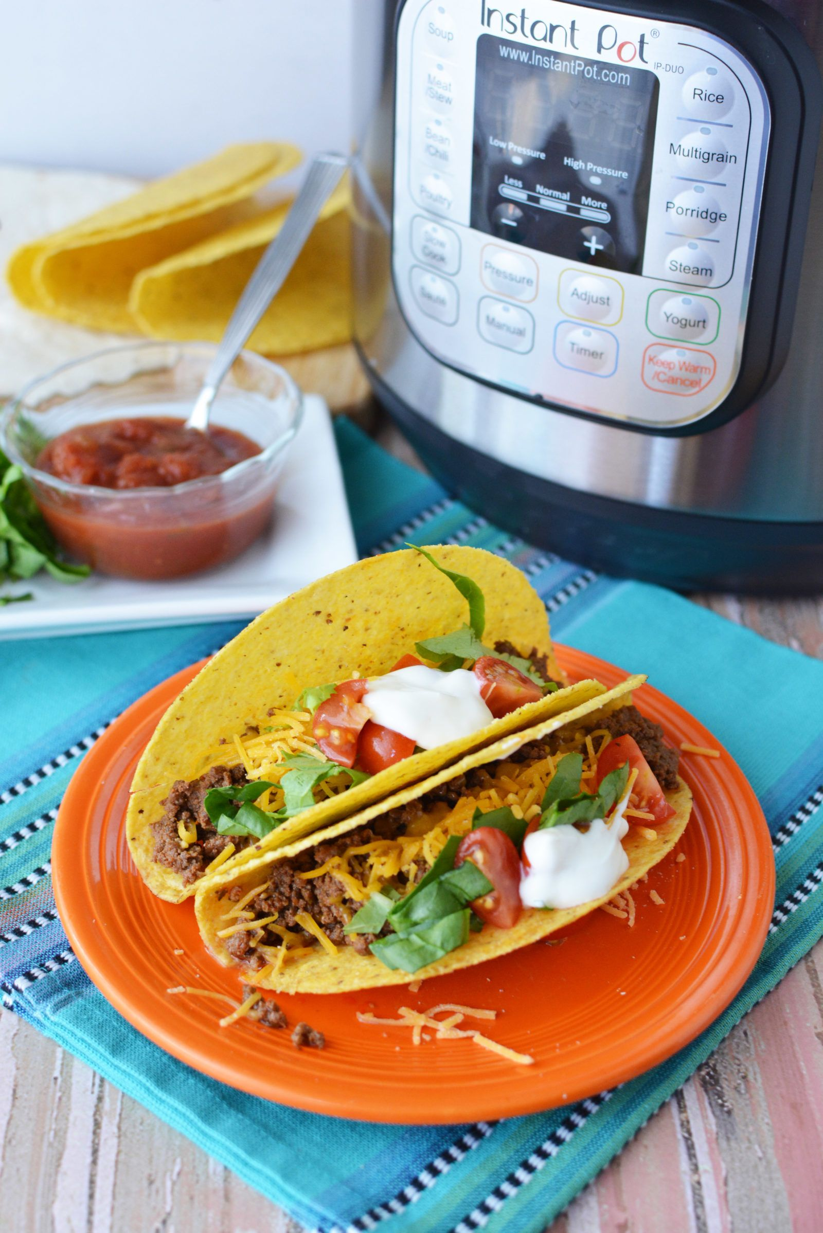 Instant Pot Tacos – Make Taco Tuesdays Easy #groundturkeytacos