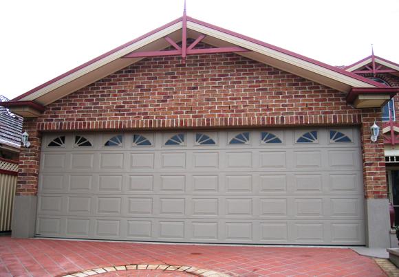Pin By Macarthur Garages On Automatic Garage Doors Sydney Garage Door Installation Roller Doors Automatic Garage Door