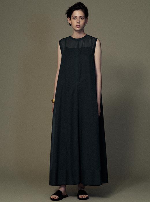 ylÈve イレーヴ公式サイト alberta ferretti wearing black