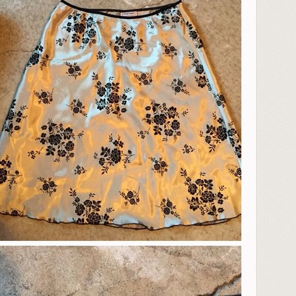 ISO HeartSoul Satin Floral Skirt Sz L or XL ISO HeartSoul Satin Floral Skirt Sz L or XL HeartSoul Skirts