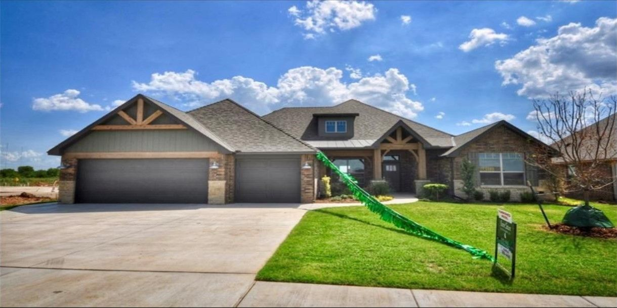 Houses For Sale Moore Ok Zillow Homes For Sale Zillow Homes House