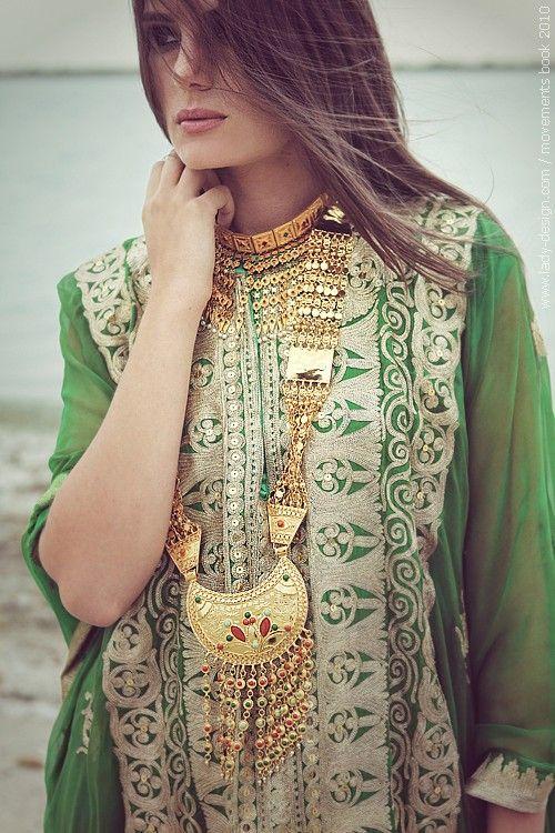 Traditional Arabian GCC Countries Fashion & Jewelry ...