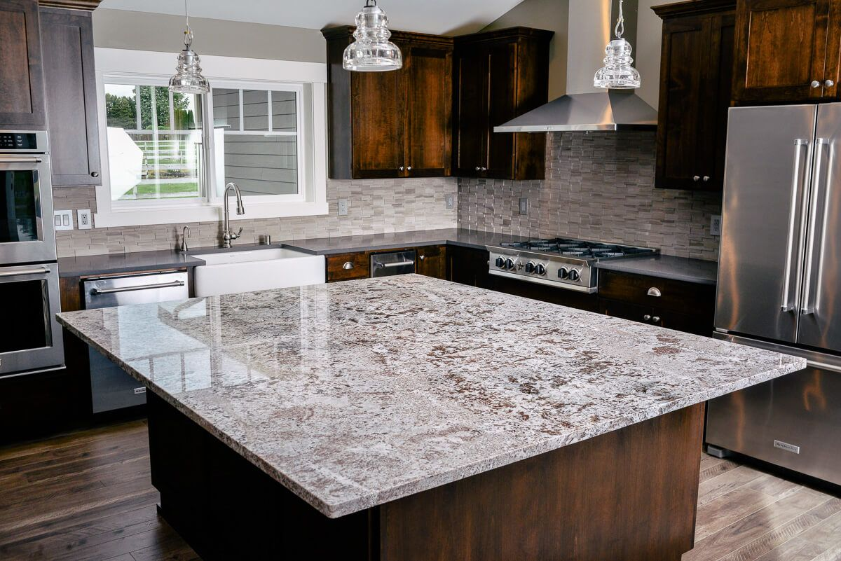 Buy Quartz Worktops With Complete Guide How To Make Your Quartz Worktop Clea In 2020 Kitchen Cabinets And Countertops Country Kitchen Decor Granite Countertops Kitchen
