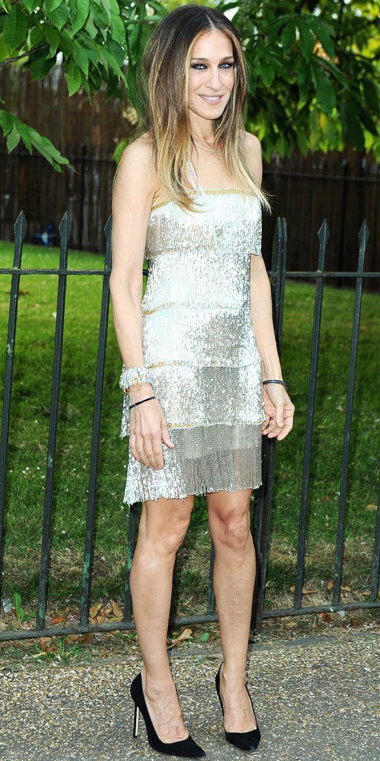 Sarah Jessica Parker oozes elegance in shimmering tiered