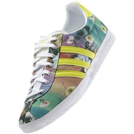 adidas gazelle og wc farm (white/bahia glow/metallic silver)