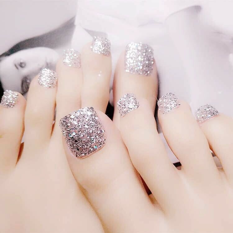 Brand New Set Of 2 Glitter Press On Toe Nails With Self Adhesive Decals Qpkuo Fake Toenails Toe Nails Silver Nails
