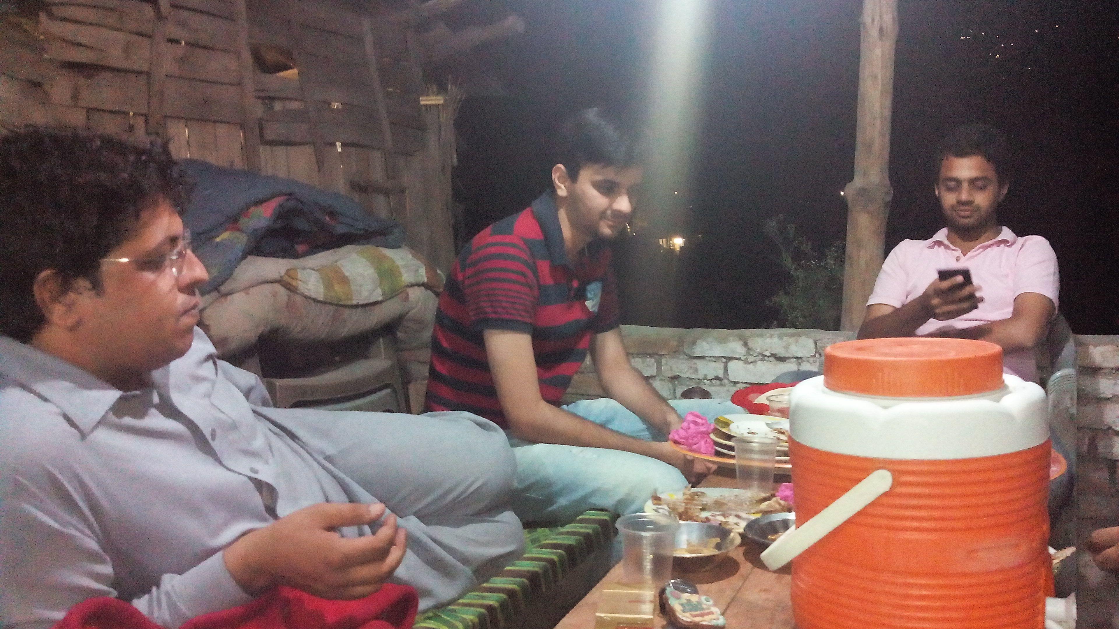 Men behind the fish tikka @ Chappar Hotel - Khattakkum and Kaboom