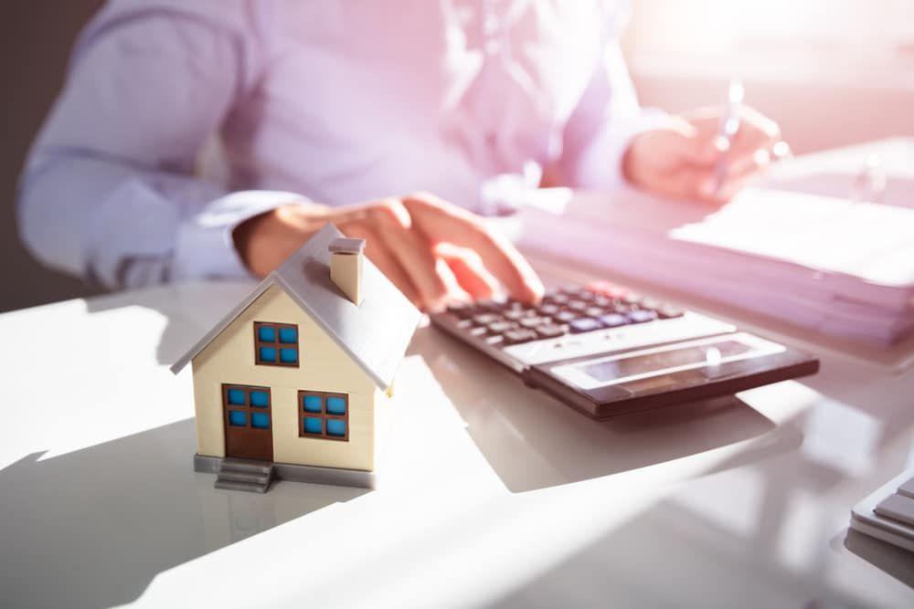 Streitwert Einer Klage Auf Feststellung Der Mietminderung Lg Berlin Az 63 T 122 15 Beschluss Vom 28 12 2015 In Property Tax Real Estate Capital Gains Tax