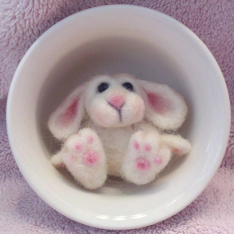 Needle Felted Bunny by MyPinkSugarLife #needlefeltedbunny