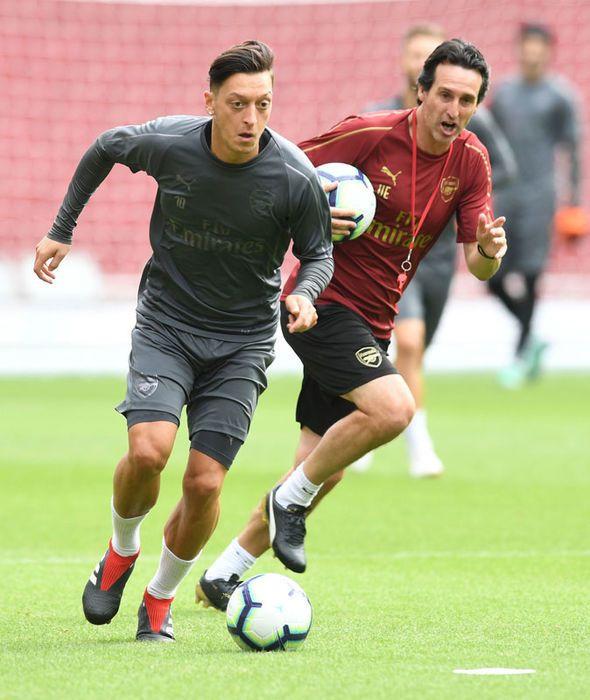 Arsenal News Ozil