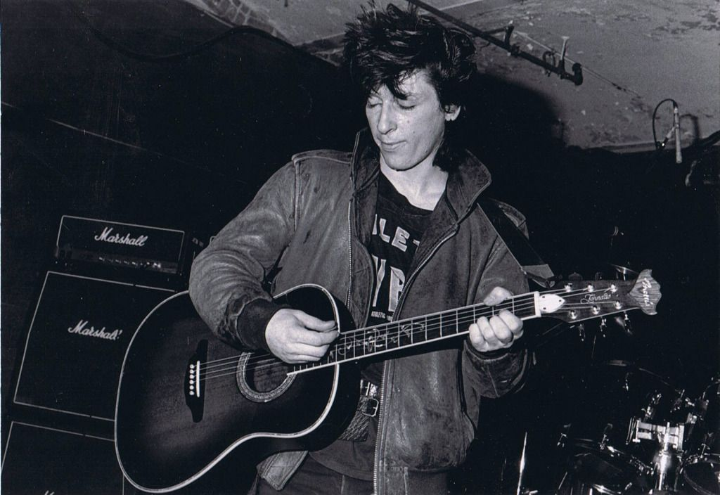 Johnny Thunders At The Living Room In Providence, 1986 | Johnny Thunders |  Pinterest | Thunder, Living Rooms And Room Part 47