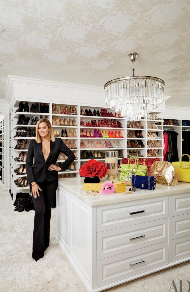 Khloe Kardashian Poses In Her Walk Wardrobe Picture