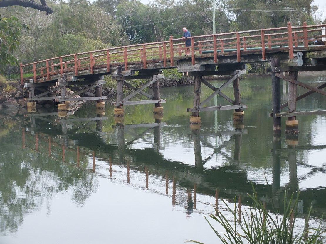 The First Weyba Bridge Then Called Alexandra Bridge Fell Down