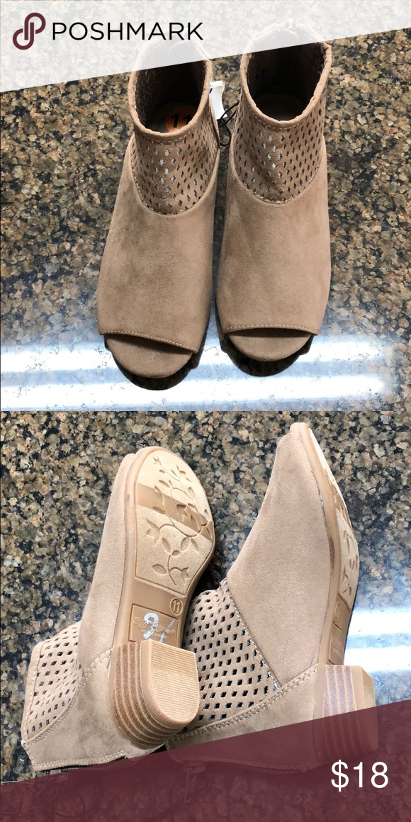44d6355cff2 New shoes size 11 girl New shoes toddler girl 11 size sey esteeam Shoes  Boots
