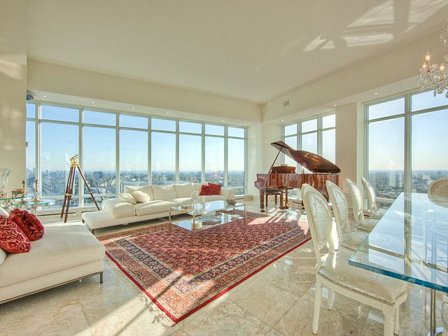 Gorgeous Penthouse in Toronto - clean white space, clear crisp lines, amazing view. (2181 Yonge St, PH West,Toronto, Ontario.)