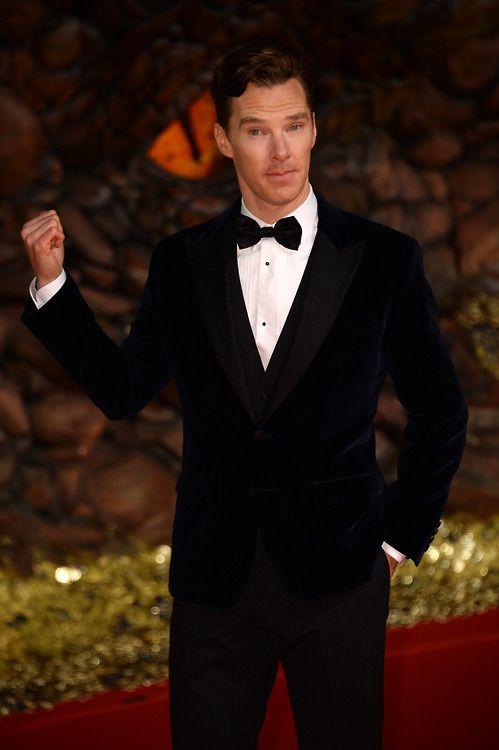 Benedict Cumberbatch in blue velvet... does it get any better? (Berlin 2013)