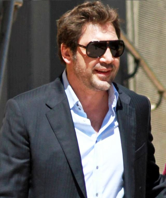 2f1fceb245d Eat Pray Love Actor Javier Bardem wearing Gucci 1622 s aviator sunglasses