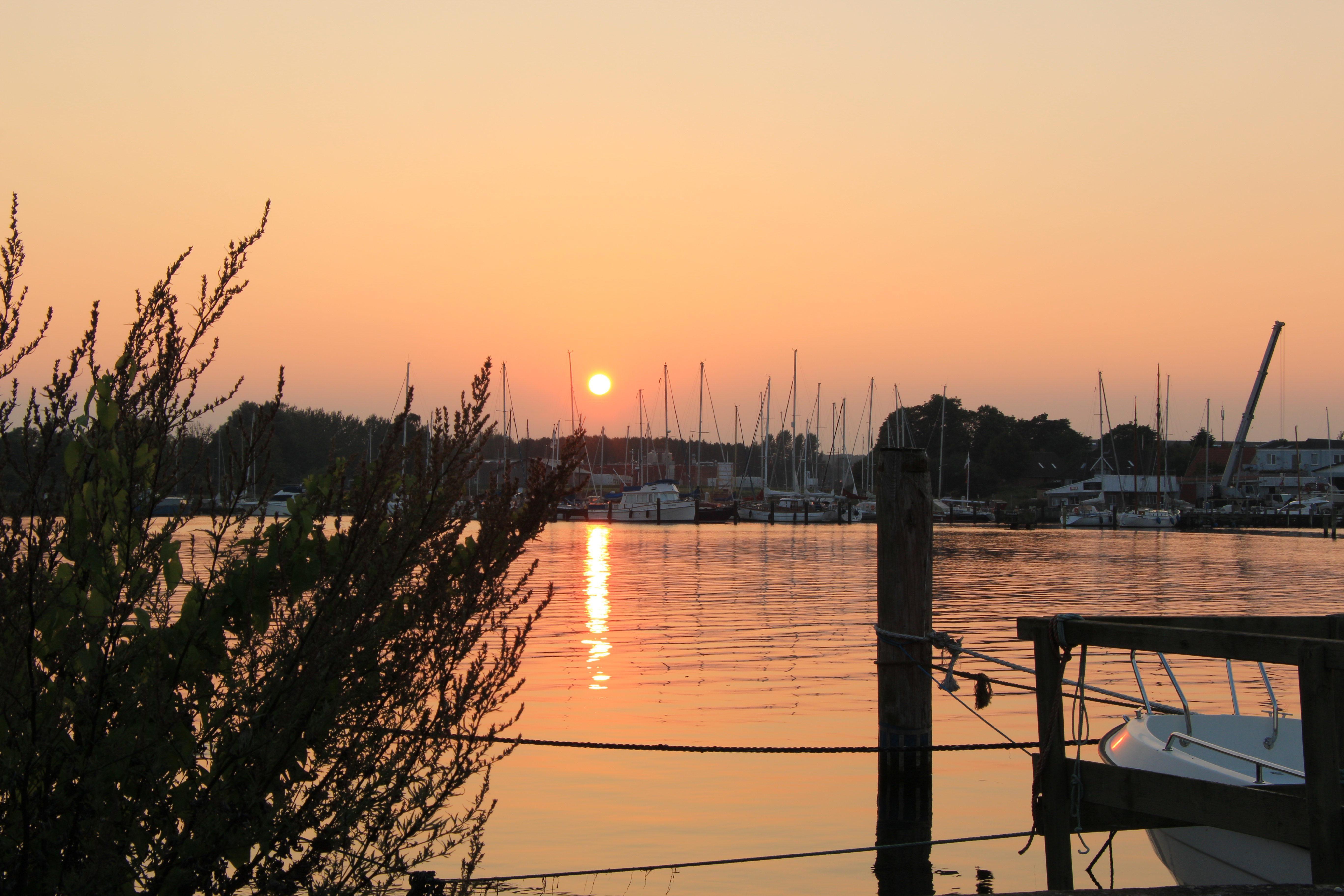Peaceful Sunset - Egernsund, September 2016 (Denmark). #weather #sonderborg #jylland #danmark #fishing #view #træning #løb #sport #design #jatak #kbh #københavn #fyn #denmark #sunset #travel #outdoor #art #camping #sommer #jagt #awesome #like4like #copenhagen #fun #phaseone #sky #like4like #post