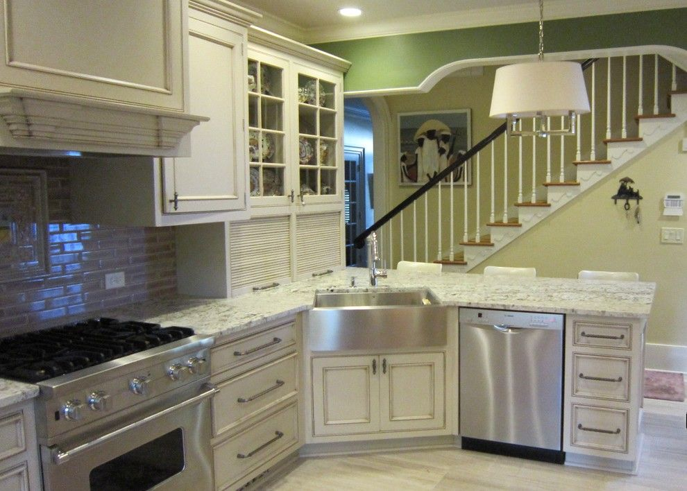 Marvelous apron front sink in kitchen traditional with load bearing wall next to corner sink Kitchen design with corner sink