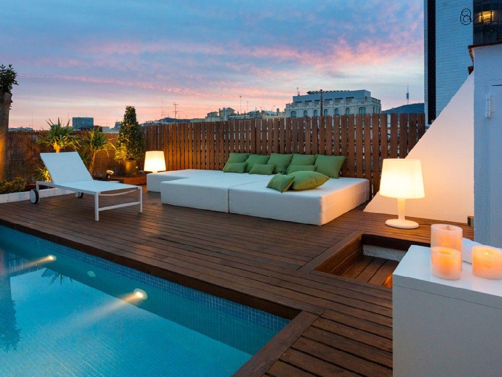 superbe appartement barcelone espagne avec piscine sur. Black Bedroom Furniture Sets. Home Design Ideas