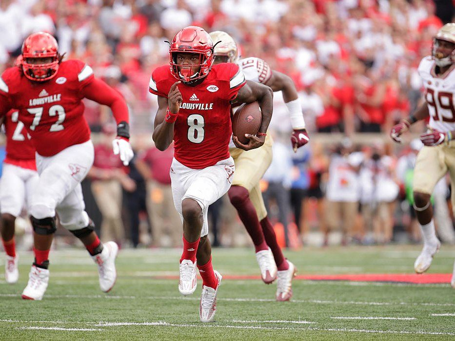 AP Top 25 pollLouisville jumps all the way to No. 3