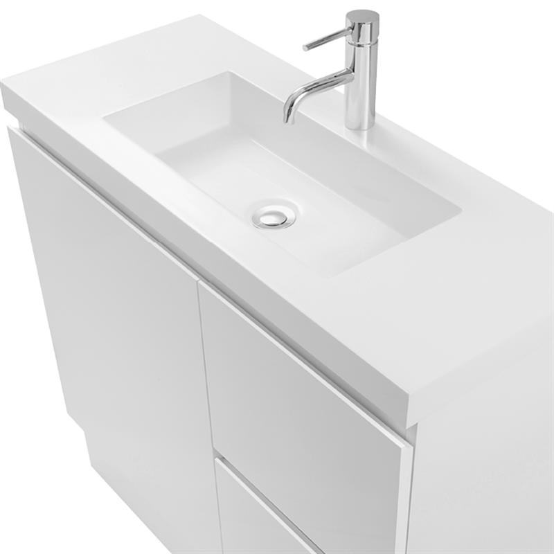 Cibo Design 750mm White Function Slimline Vanity Bunnings Warehouse In 2020 Bathroom Styling Laundry Makeover Girls Bathroom