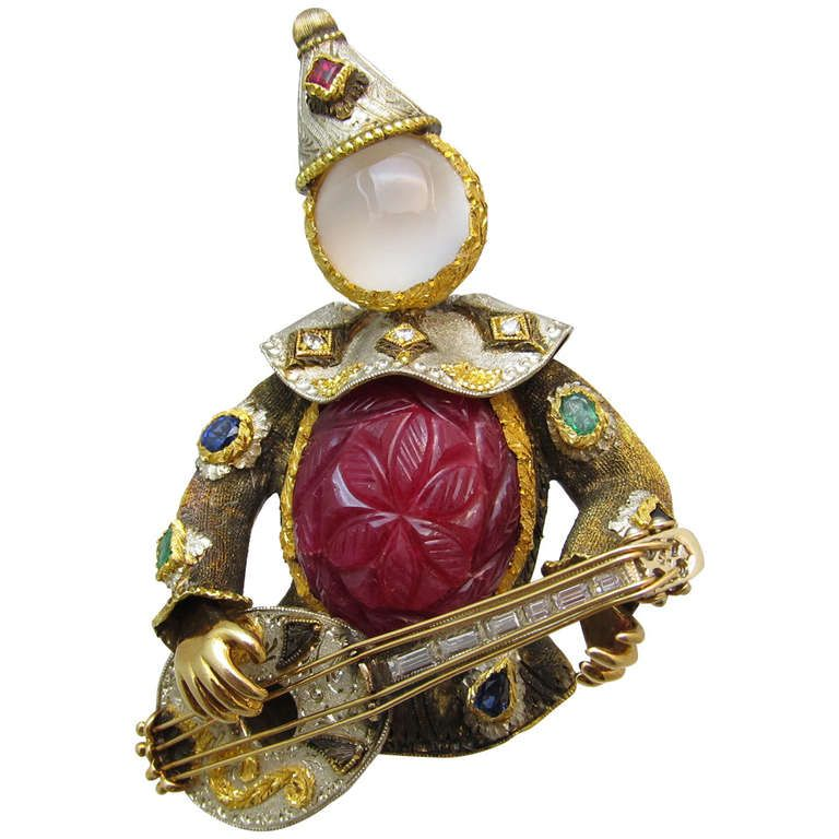 Harlequin Gold Brooch | From a unique collection of vintage brooches at http://www.1stdibs.com/jewelry/brooches/brooches/