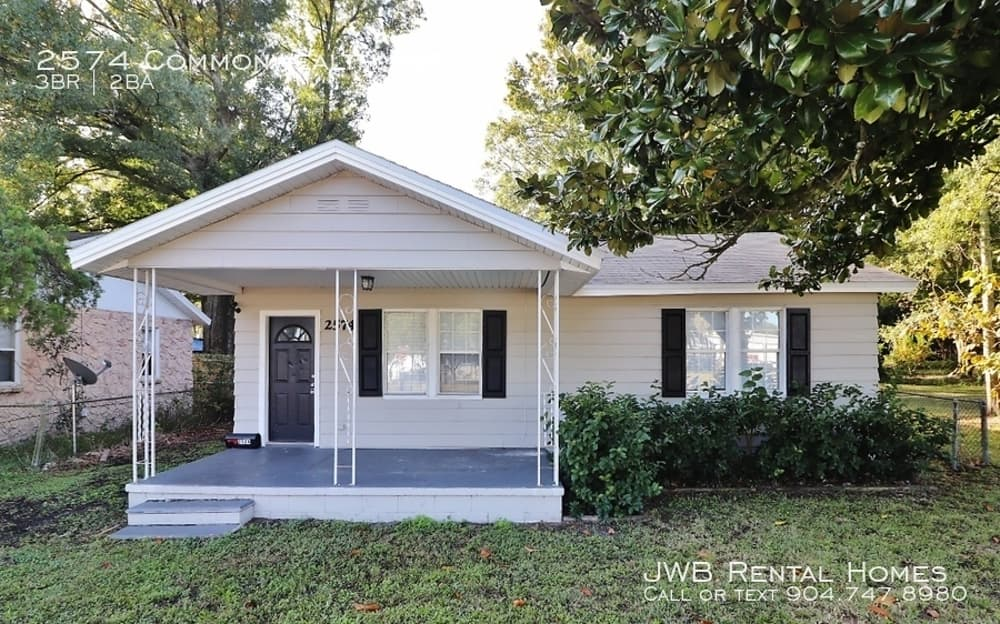 2574 Commonwealth Ave Jacksonville Fl 32254 Home For Rent Rentals Com Renting A House Find Houses For Rent House Rental