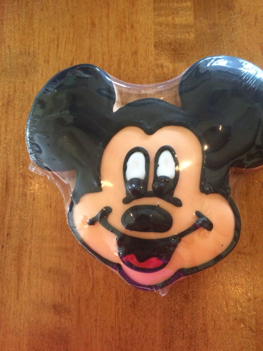 Cookie for 4$ at Disney