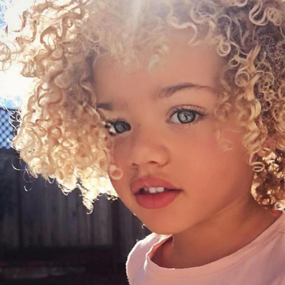 Pin By Uriahana Amor On Cutie Pies Girl With Green Eyes Mixed People Mixed Kids