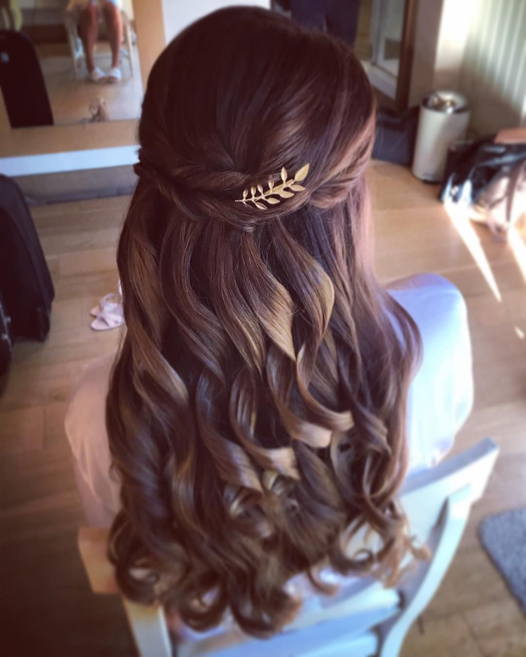44 Gorgeous Half Up Half Down Hairstyles: Partial Updo Bridal Hairstyle