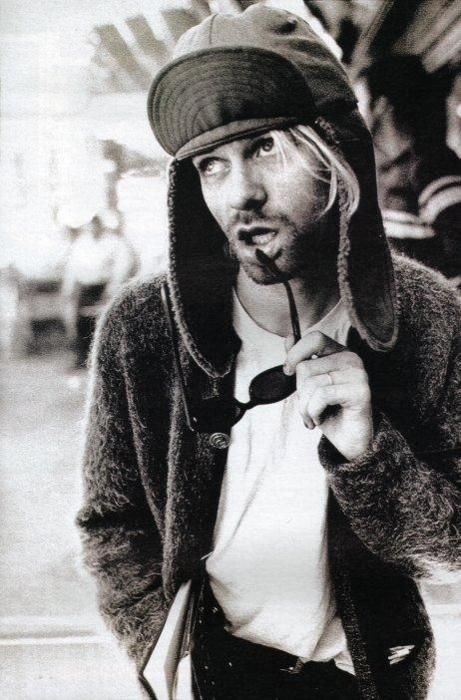 Kurt Cobain. Zippertravel  b4469ebb54e