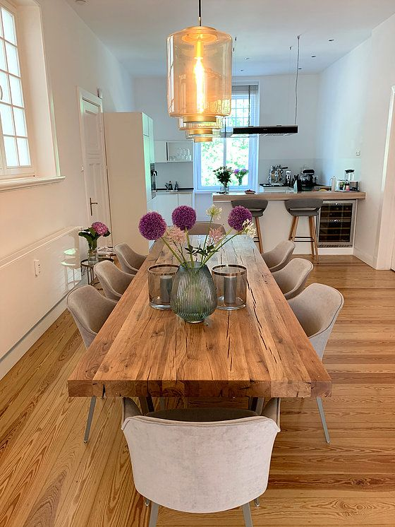 Photo of Dining tables made of old oak wood from Holwerk-Hamburg