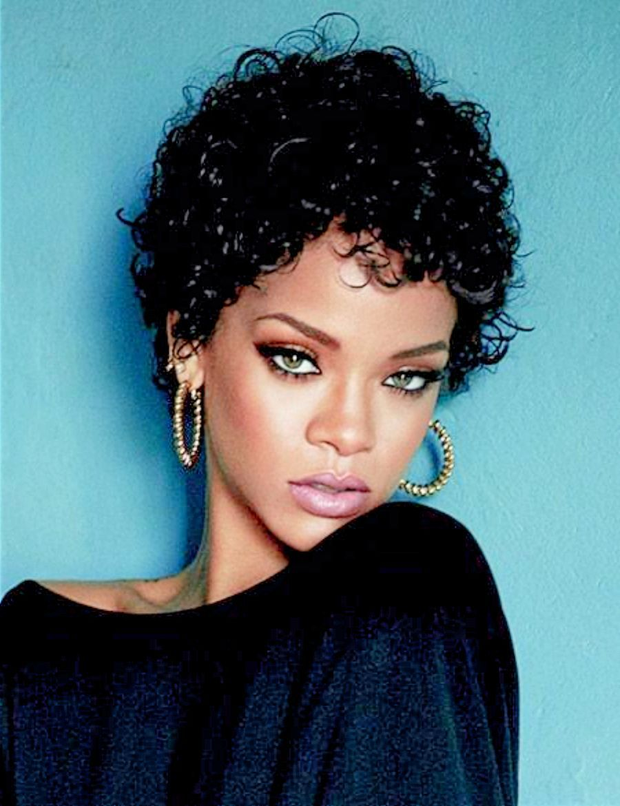 Rihanna Short Curly Hair Hairstyles To Try Pinterest Short