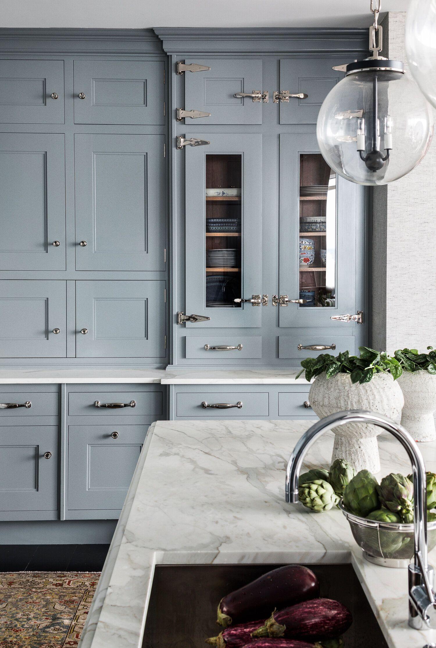 Downtown Boston Massachusetts Katie Rosenfeld Company In 2020 Modern Kitchen Cabinet Design Kitchen Cabinet Design Kitchen Cabinet Remodel