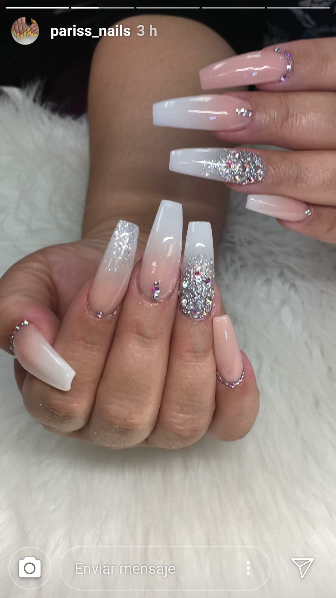 Pin By Things At School On Nails Inspiration Diamond Nail Designs Diamond Nails Ombre Acrylic Nails