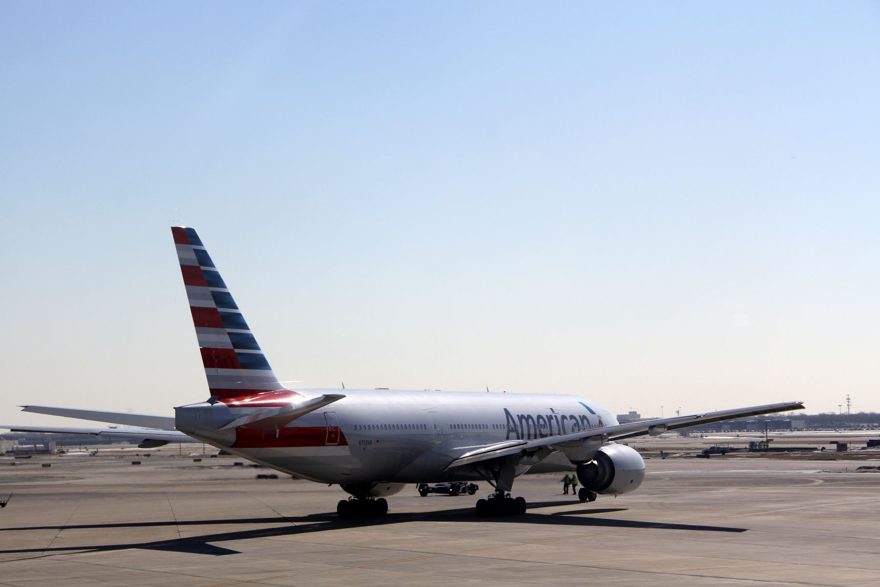 Airline Review American Airlines Boeing 777200 Business