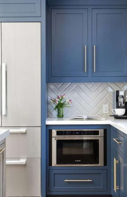 17 Ideas Kitchen Backsplash With White Cabinets Blue Quartz Countertops For 2019 Blue Shaker Kitchen Shaker Kitchen Cabinets Herringbone Backsplash