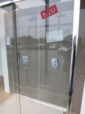 bad und dusche ohne fliesen badezimmer fliesen pinterest fliesen b der und fugenloses bad. Black Bedroom Furniture Sets. Home Design Ideas