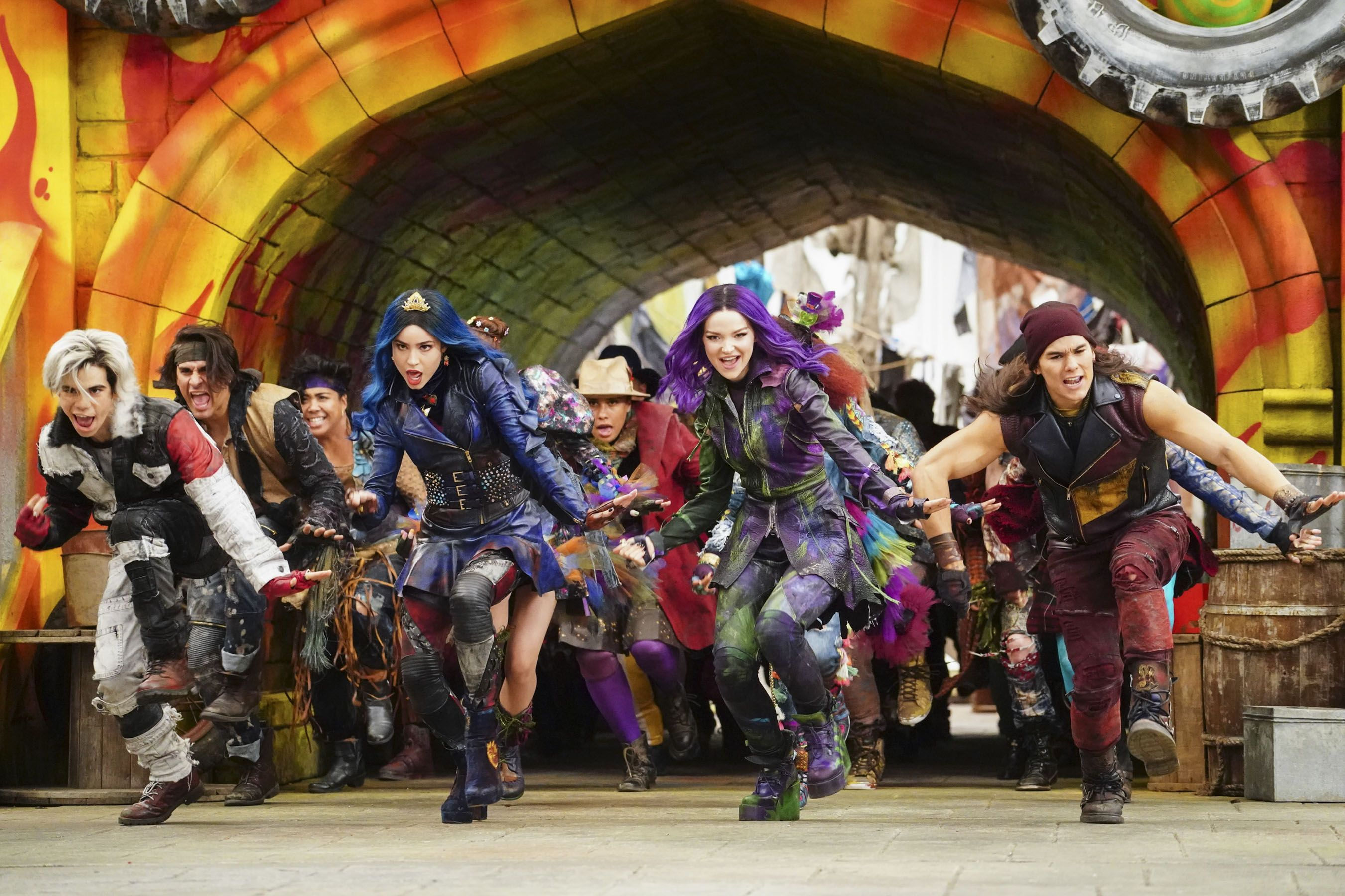 See the 'Descendants 3' cast in new music video, and find out the movie's premiere date #descendants3