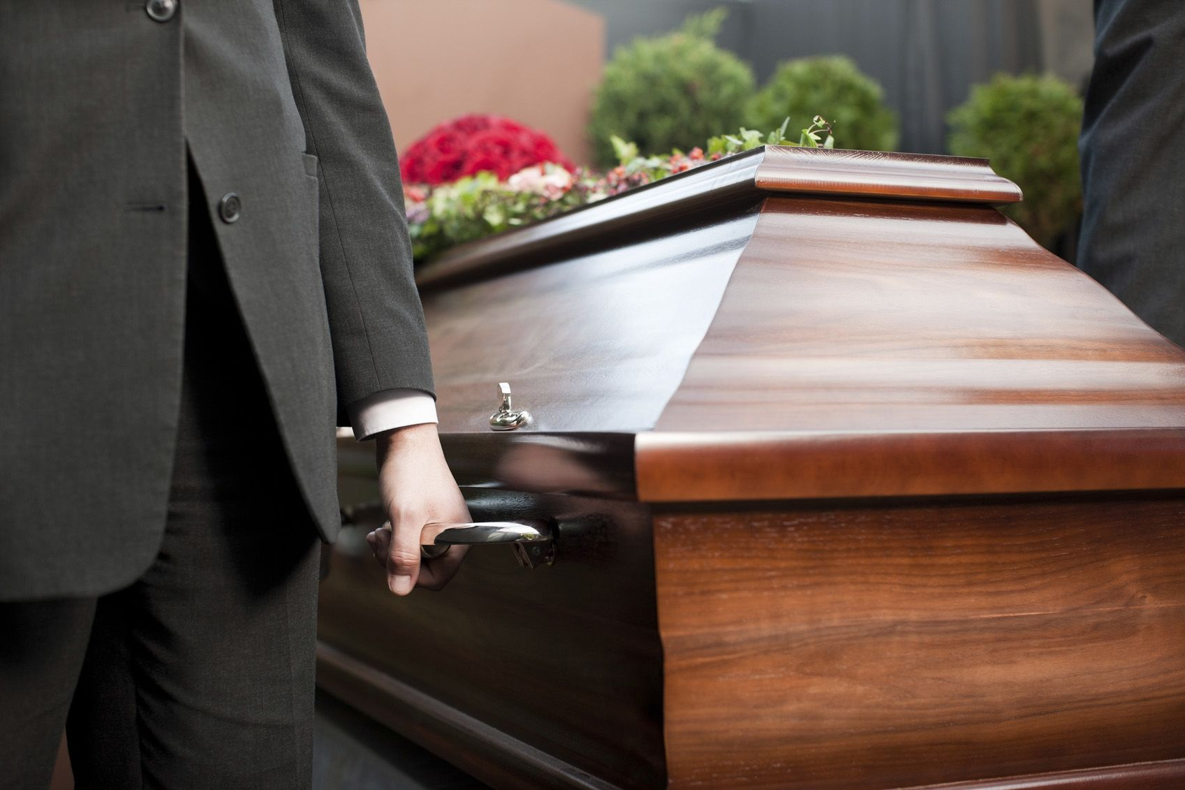 Looking for cheap coffins for sale or trying to buy