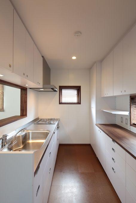 独立型キッチンのメリット デメリット教えます Suvaco スバコ キッチンデザイン クローズドキッチン リビング キッチン