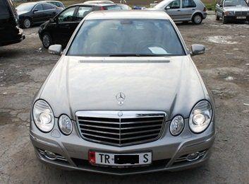 Tirane Shitet Mercedes Benz E Class 2007 20000 Eur Qindra Makina Ne Shitje Kerko Dhe Gjej Makina Te Perdorura Dhe Te Reja Ne Tir Benz Mercedes Benz Benz E