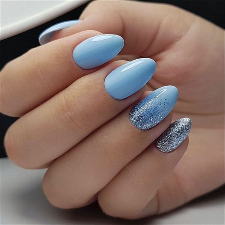 Fashionable Acrylic Almond Nail Designs For Girls To Try Acrylic Almond Nail Acrylic Nail Almond Nail Fas Blue Glitter Nails Cute Spring Nails Silver Nails